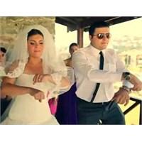 Gangnam Style Eşliğinde Düğüne Ne Dersiniz?