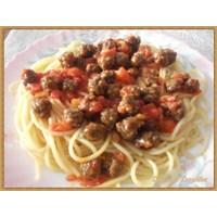 Minik Köfteli Spagetti