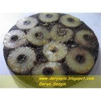 Karamelli Ananaslı Kek
