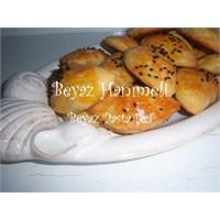 Nefis Peynirli Poğaçalar
