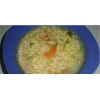 Tavuk Suyunda Sebzeli Şehriye Çorbası