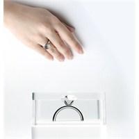 Görünmez Aşk Yüzüğü
