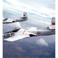 Türk Öğrenciler Uçak Yapacak