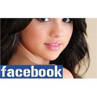 Facebook'un En Popüler Bayanları