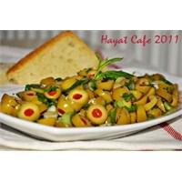 Kahvaltılık Zeytin Salatası