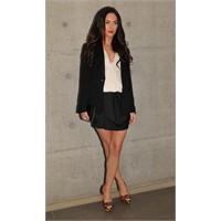 Megan Fox ve leopar desenli ayakkabı