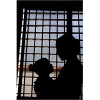 Umutları Ertelenen Çocuklar Sergisi