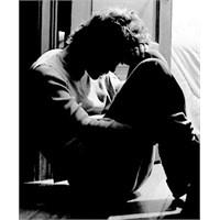 Yüksek Eğitim Depresyona Sürüklüyor