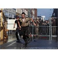 The Walking Dead (Yürüyen Ölüler)