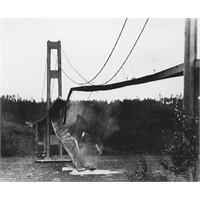 Beşik Gibi Sallanan Köprü