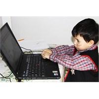 Çocukların Bilgisayar Kullanımı Kontrollü Olmalı