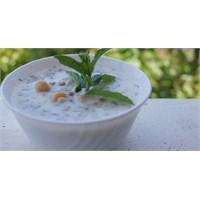 Pratik Yoğurtlu Yaz Çorbası
