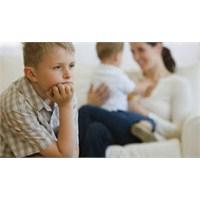 Çocuklar Yeni Kardeşe Hazırlanmalı
