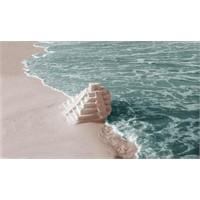 Ya Denizi Sırtımız Dönük Olduğu İçin Göremiyorsak