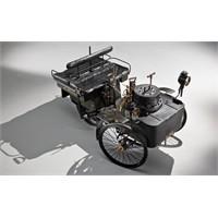 Dünyanın En Eski Arabası Satılıyor!