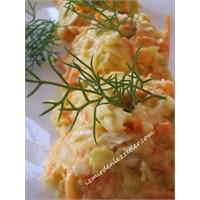 Coleslaw Salatası- Lahana Salatası
