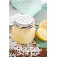 Spa: Ev Yapımı Portakallı Limonlu Vücut Scrub