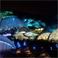 İşıktan Heykeller Pırıltılı Bahçeler...