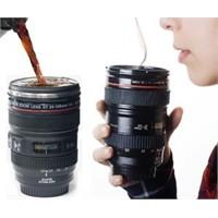 Fotoğraf Makinesi Lensi Şeklinde Kahve Kupaları
