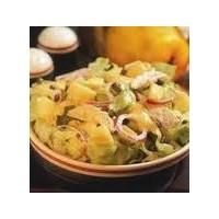 Pratik Ayvalı Tavuk Salatası