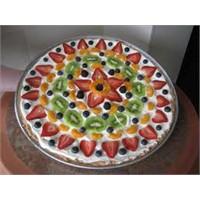 Meyveli Pizza Nasıl Yapılır?