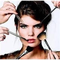 Kadınların Yaptığı 5 Makyaj Hatası