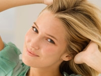 Elektriklenen Ve Hacimsiz Saçlar İçin Altın Öneril
