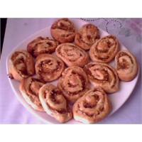 Elmali Rulo Çörekler