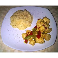 Patates Püresi Ve Körili Tavuk