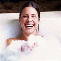 Süt Banyosuyla Keyfin Tadını Çıkarın