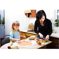 Çocuklar İçin En Sağlıklı Atıştırmalık Yiyecekler