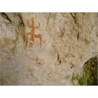Mersin'de Bulunan İlginç Sembol