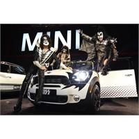 Kiss Detroit Rock City Ruhunu Mini İle Canlandırdı