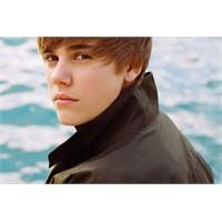 Justin Bieber'e Özel Porno Sitesi!