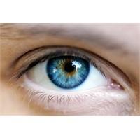 Lazerle Göz Rengini Değiştir!