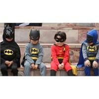 En Kötü 10 Halloween Süper Kahraman Kostümü