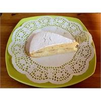 Ev Yapımı Muzlu Alman Pastası