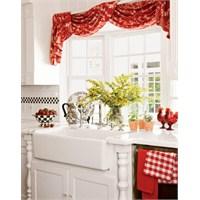 Mutfağınızın Havasını Perdelerle Değiştirin