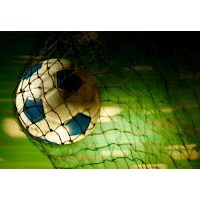 Futbol Mu Kirli, Hayat Mı Temiz?