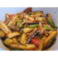 Patlıcanlı Tavuk Sote Tarifi
