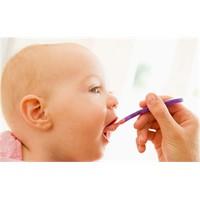Bebekler İçin Güvenli Olmayabilecek Besinler