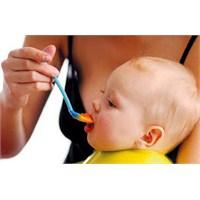 Katı Gıdalar Bebekleri Obez Yapıyor