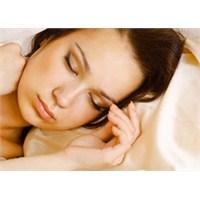 Yataktan Kalkmak Nasıl da Zor Geliyor Değil Mi?