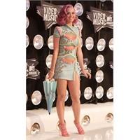 Katy Perry Şaşırtmıyor