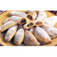 Cevizli Tarçinli Pasta Tarifi