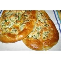 Haçapuri- Peynirli Gürcü Pidesi