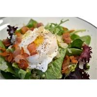 Poşe Yumurtalı Salata
