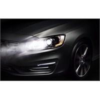 Volvo'dan ' Sürekli Uzun Far' Teknolojisi!