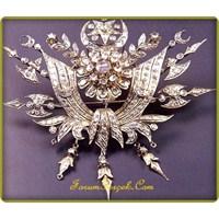 Hanedanın Mücevherleri