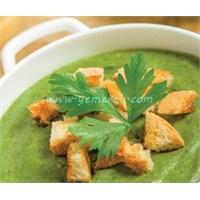 Kremalı Brokoli Çorbası Yapılışı